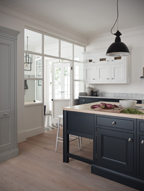 Traditional Kitchen Designer in Windsor